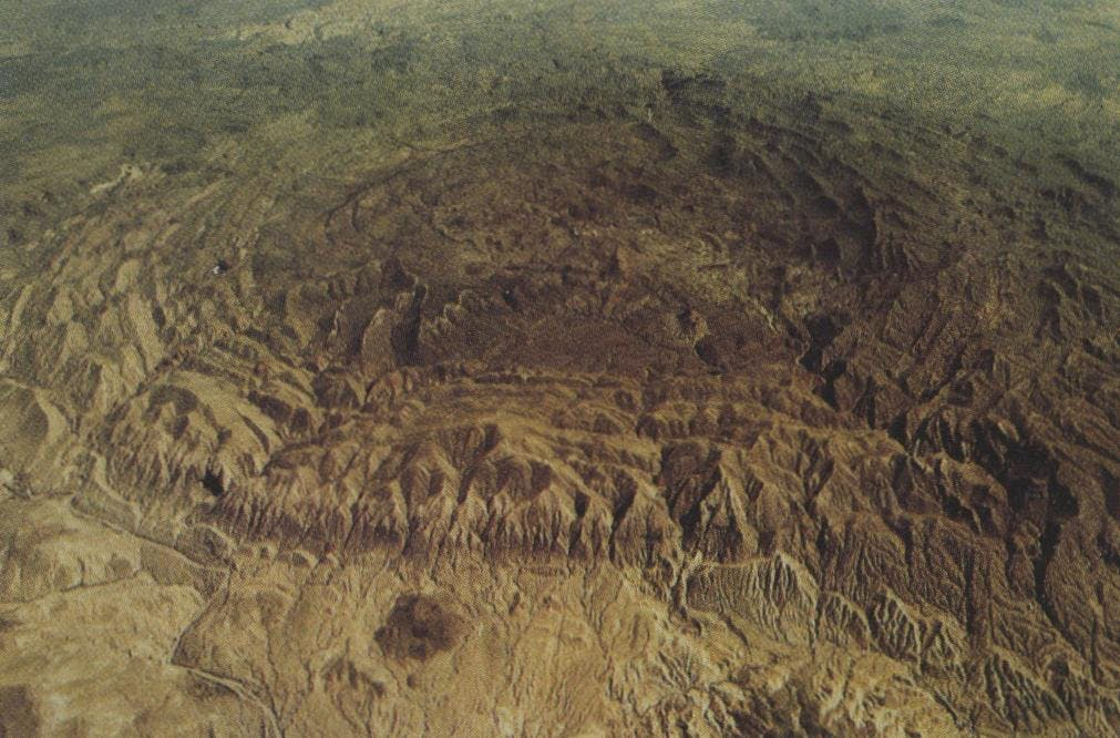 From the air, an observer can see the four Shutps leading into the Solitario's arid and forbidding core.