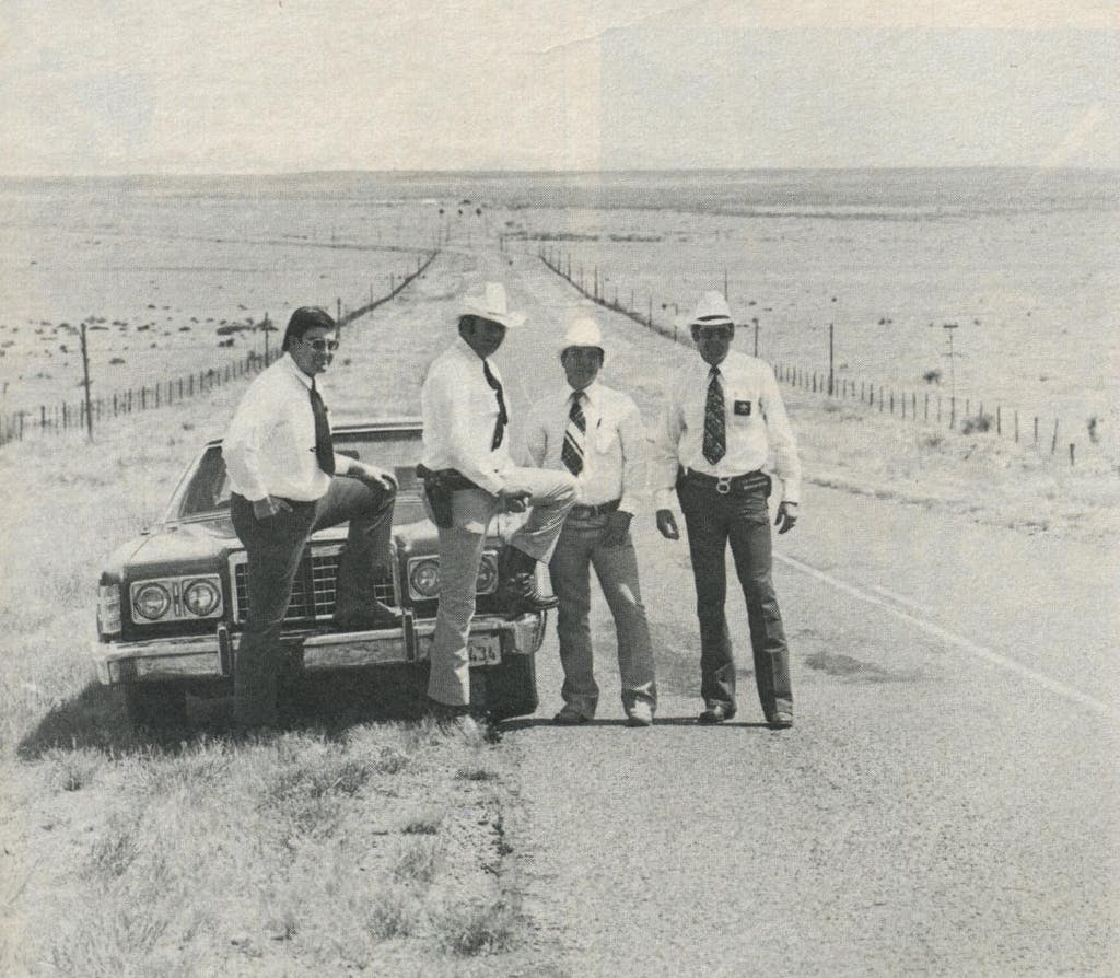 Today's law west of the Pecos: Presidio County deputies Guevara (l.), Painter, Brito, and Sheriff Thompson track down mostly dope smugglers and car thieves.