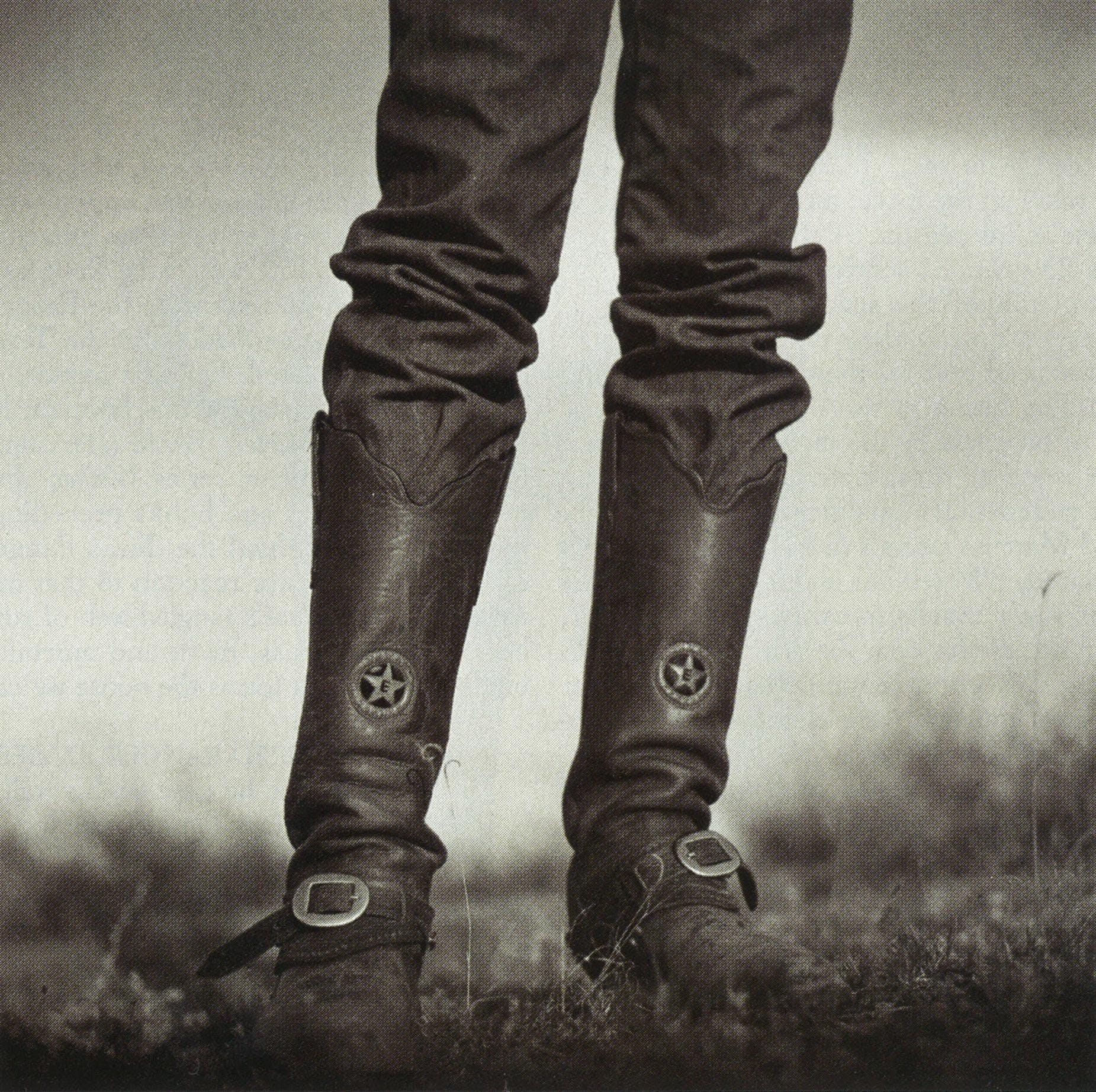 A Ranger's boots may display his distinctive badge.