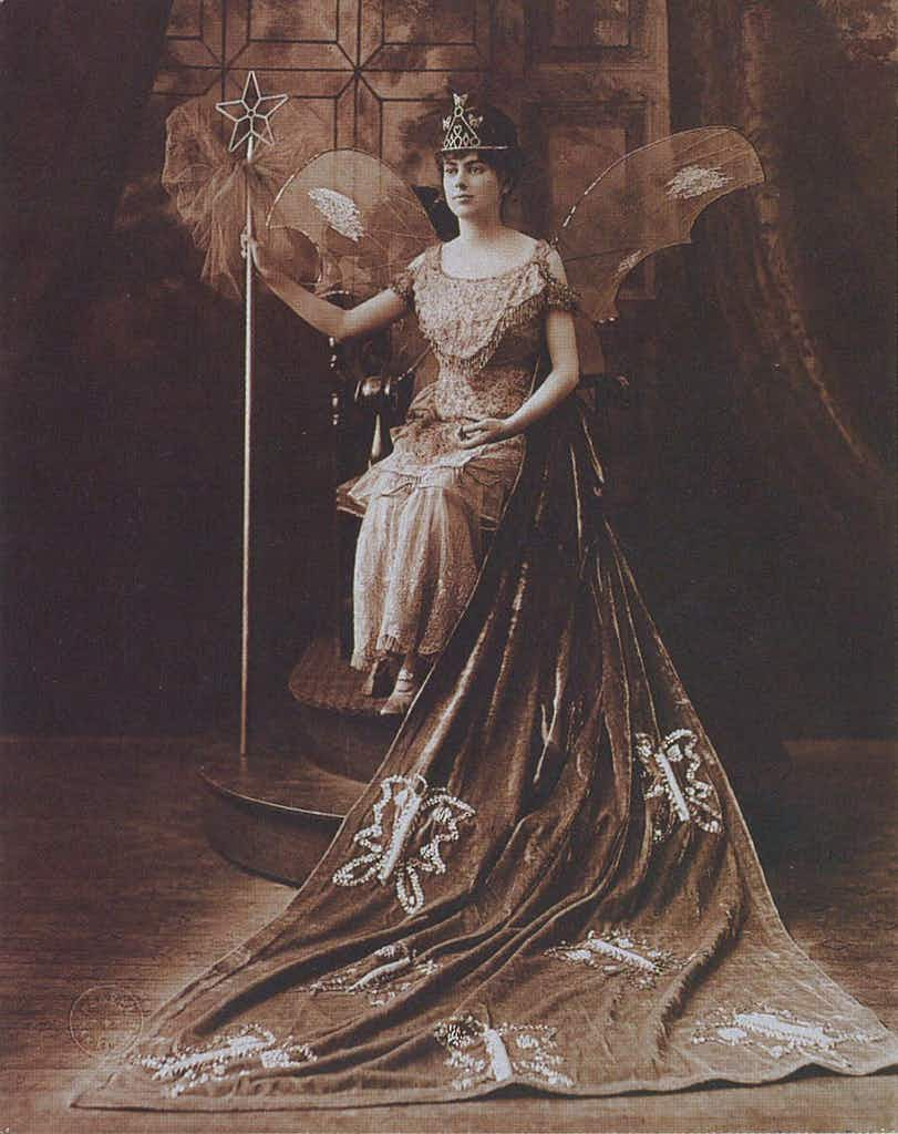 Lady Margaret of the House of Deutsch, Duchess of Moth, The Court of Fairies, 1916