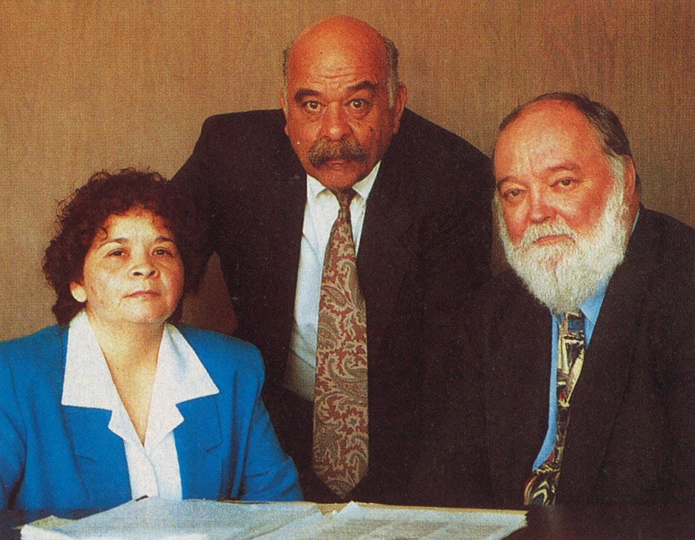 Yolanda Saldivar with her defense lawyers Douglas Tinker (right) and Arnold Garcia.