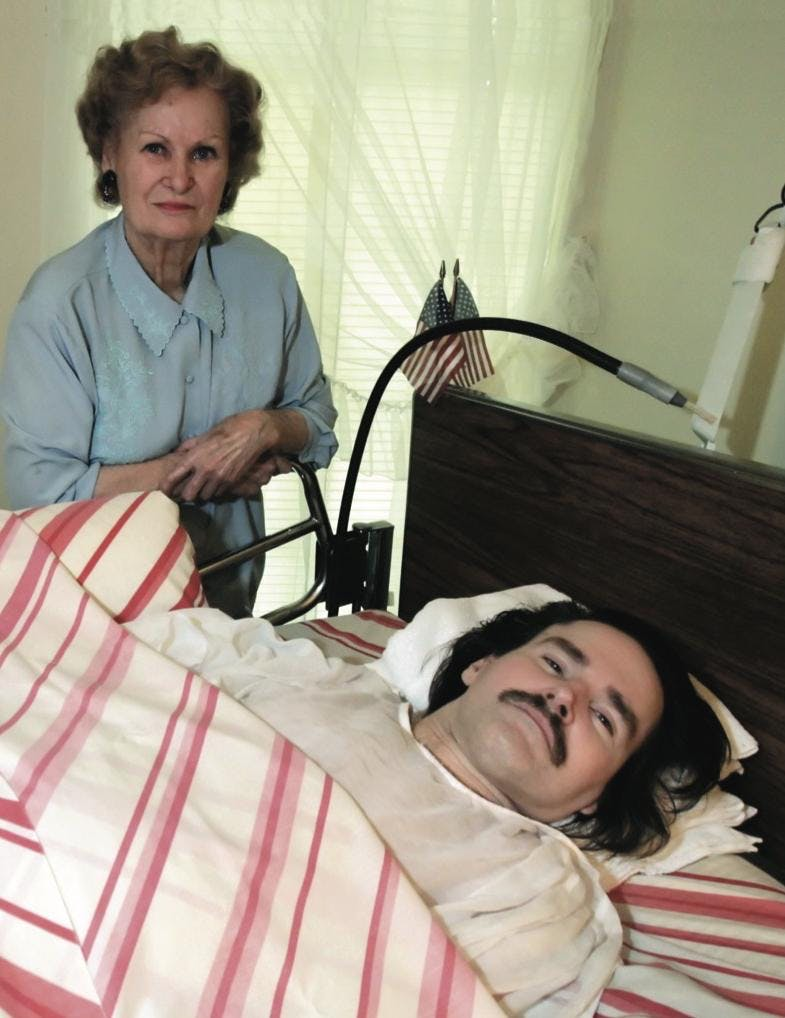 Ann and John in a 2005 photograph from the Dallas Morning News more than thirty years after the accident.