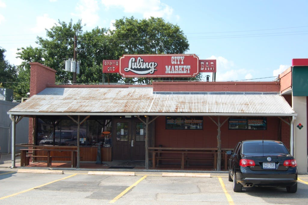 Luling City Market 01