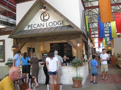 Pecan Lodge 01