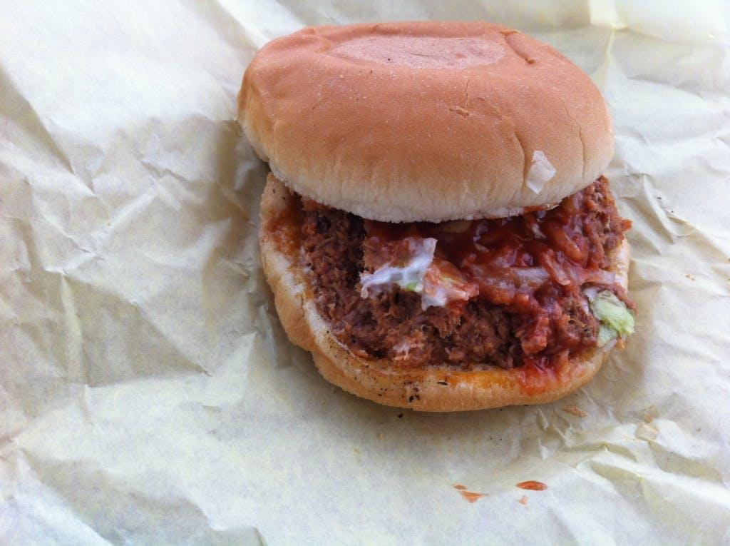 Pig Sandwich Neely's 05