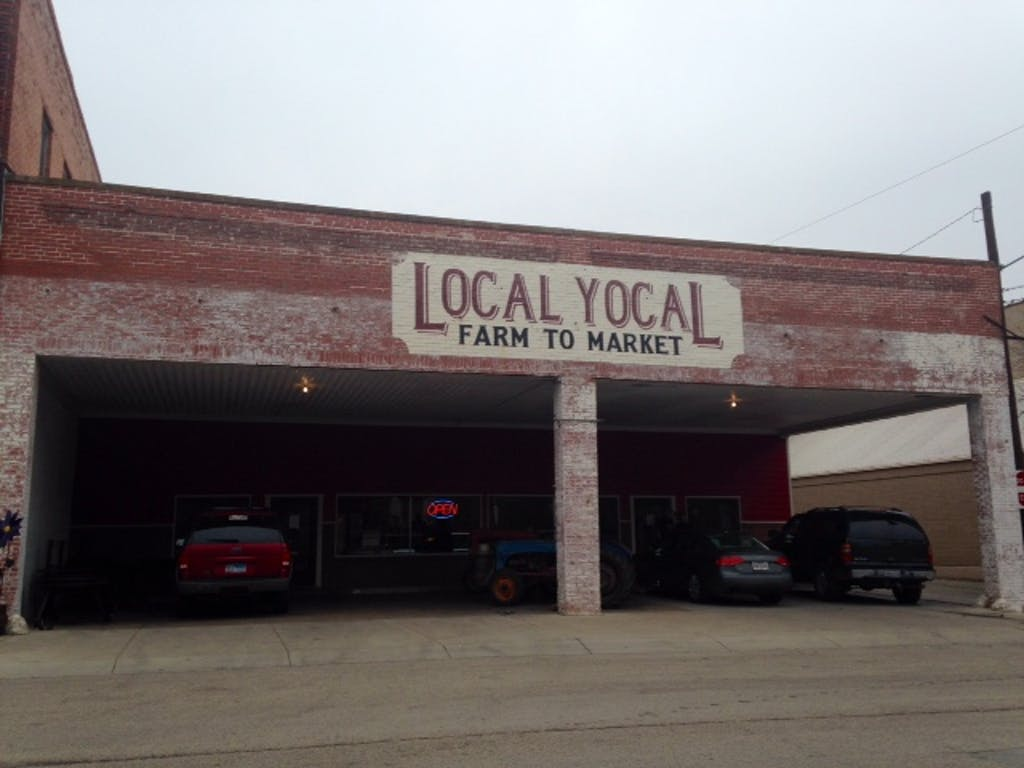 Local Yocal 01