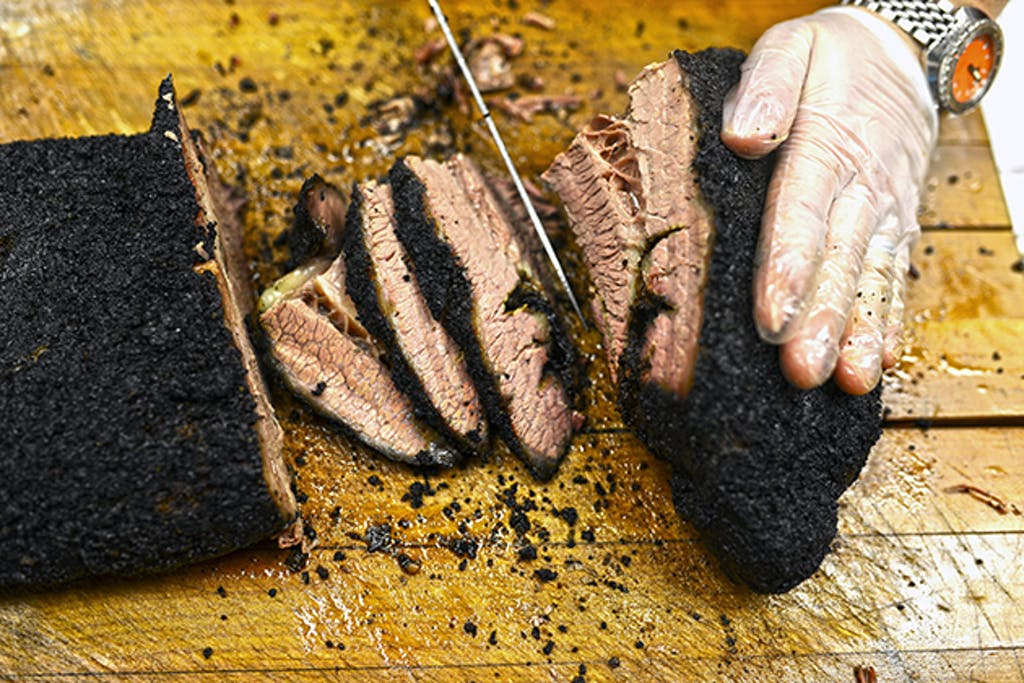 Slow Bone Brisket, Jack Perkins slicing