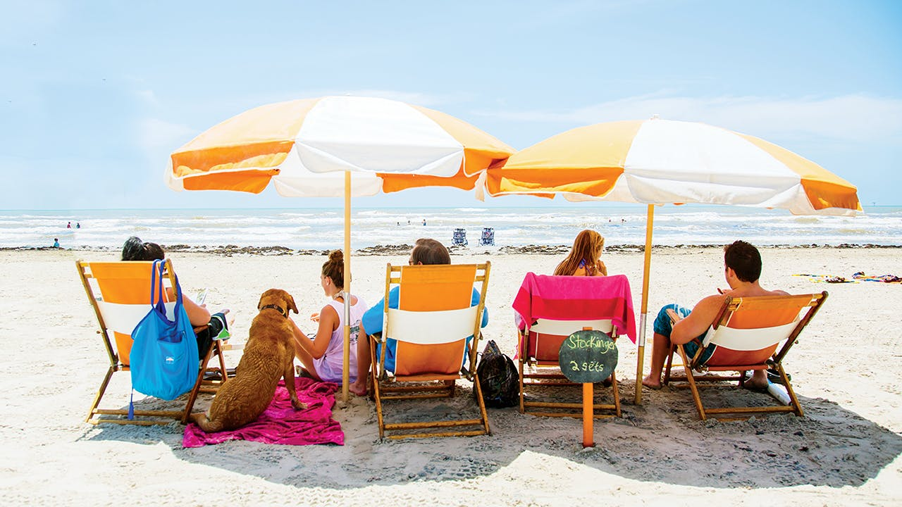 A family takes advantage of the beach rentals at Cinnamon Shore.