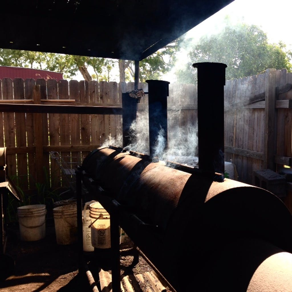 Mesquite Wood BBQ 04