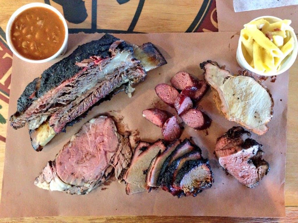 Meat U Anywhere BBQ 06