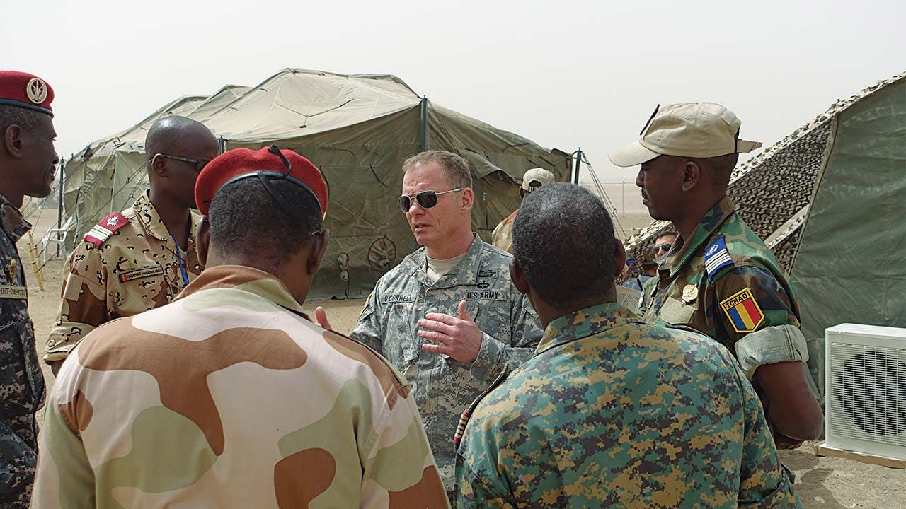 Doug O'Connell addresses African officers in Chad.