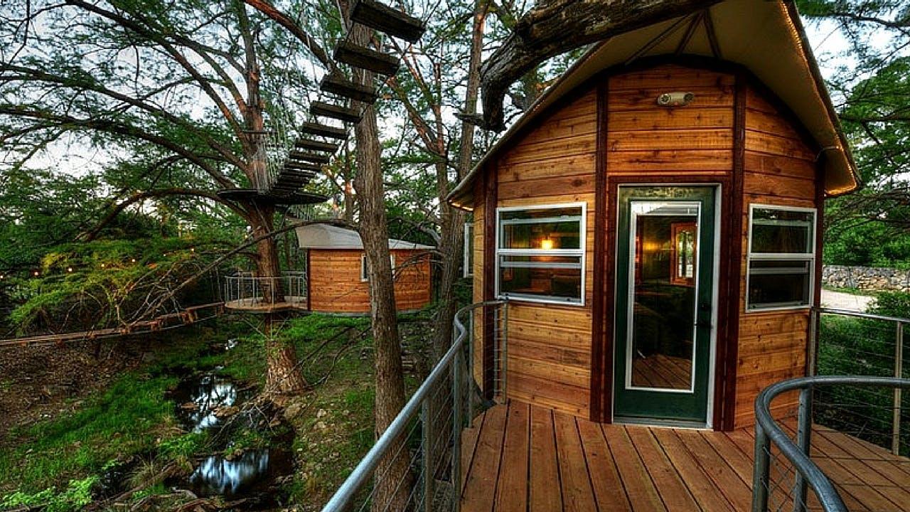 Luxury tree house in Spicewood