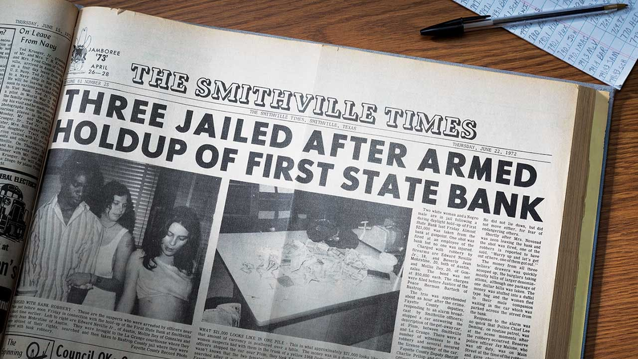 The Smithville Times's report on the real-life bank robbery.