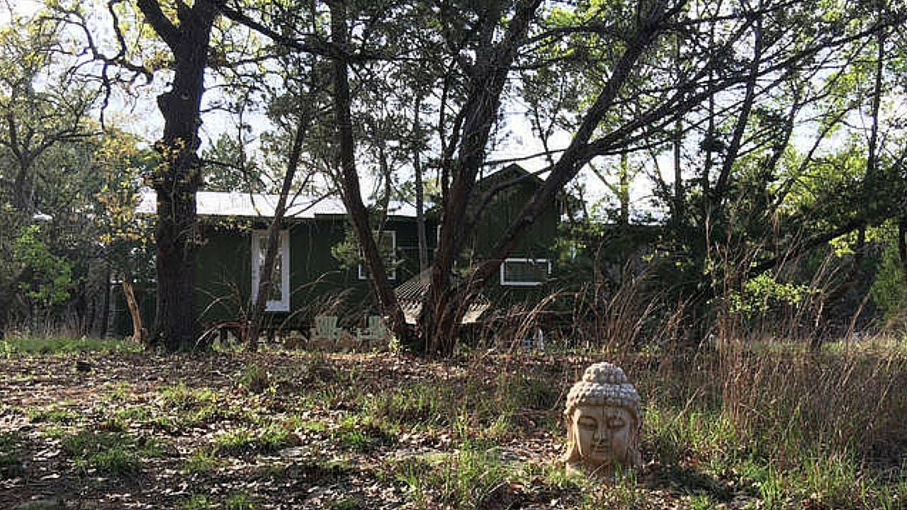 rustic texas vacation rentals driftwood zen cabin in the woods