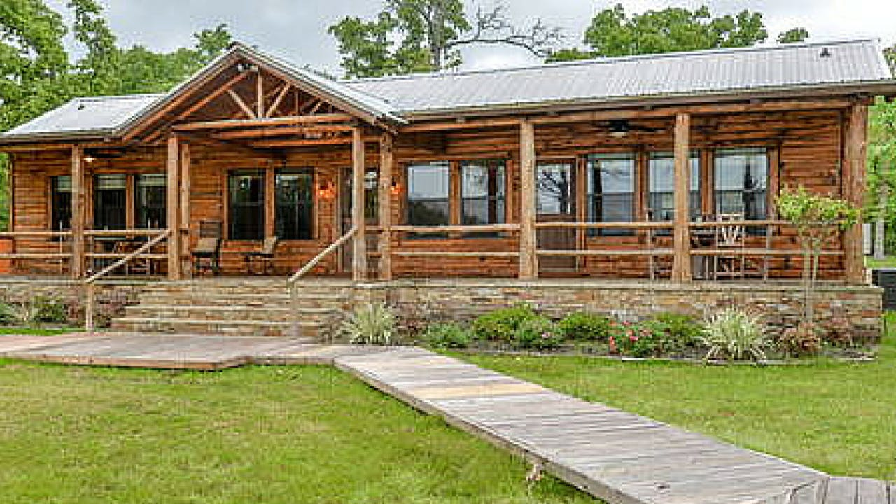 rustic texas vacation rentals college station silver oak lakeside cabin