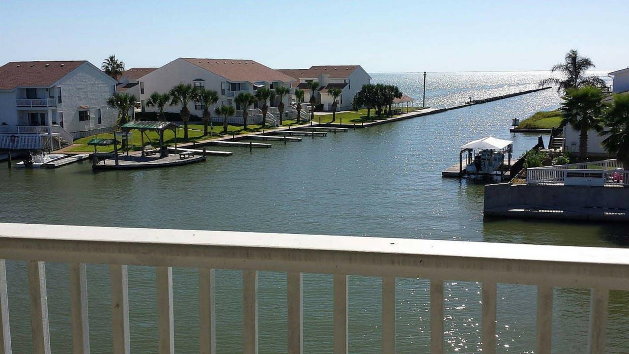 Rockport Texas coast beach vacation rental
