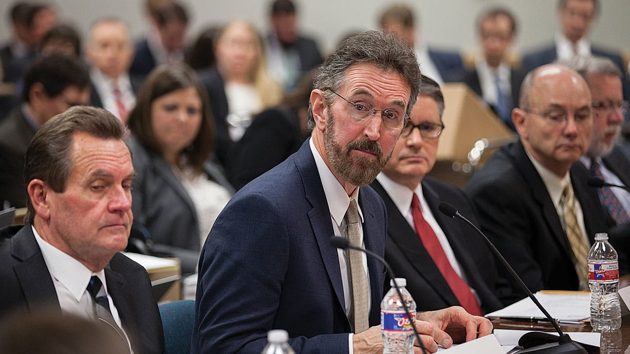 Oncor CEO Bob Shapard testifies before the Texas Public Utility Commission on January 11, 2016, about the Hunt family's plan to buy Oncor.
