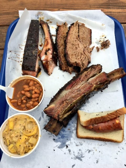 The Pit BBQ 02