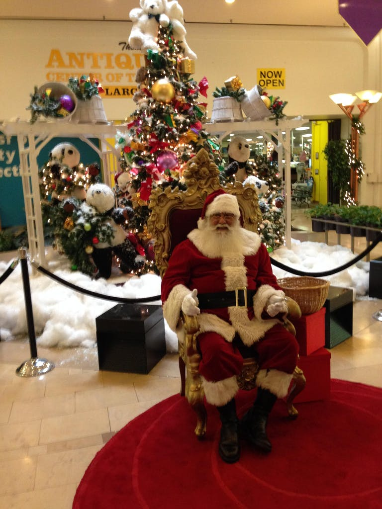 northwest mall santa