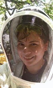 DEL0117_BeekeeperLaura