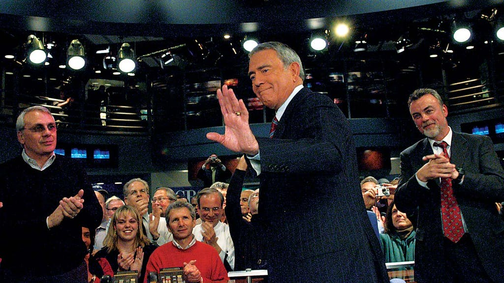 Rather making his final broadcast on CBS, in 2005.