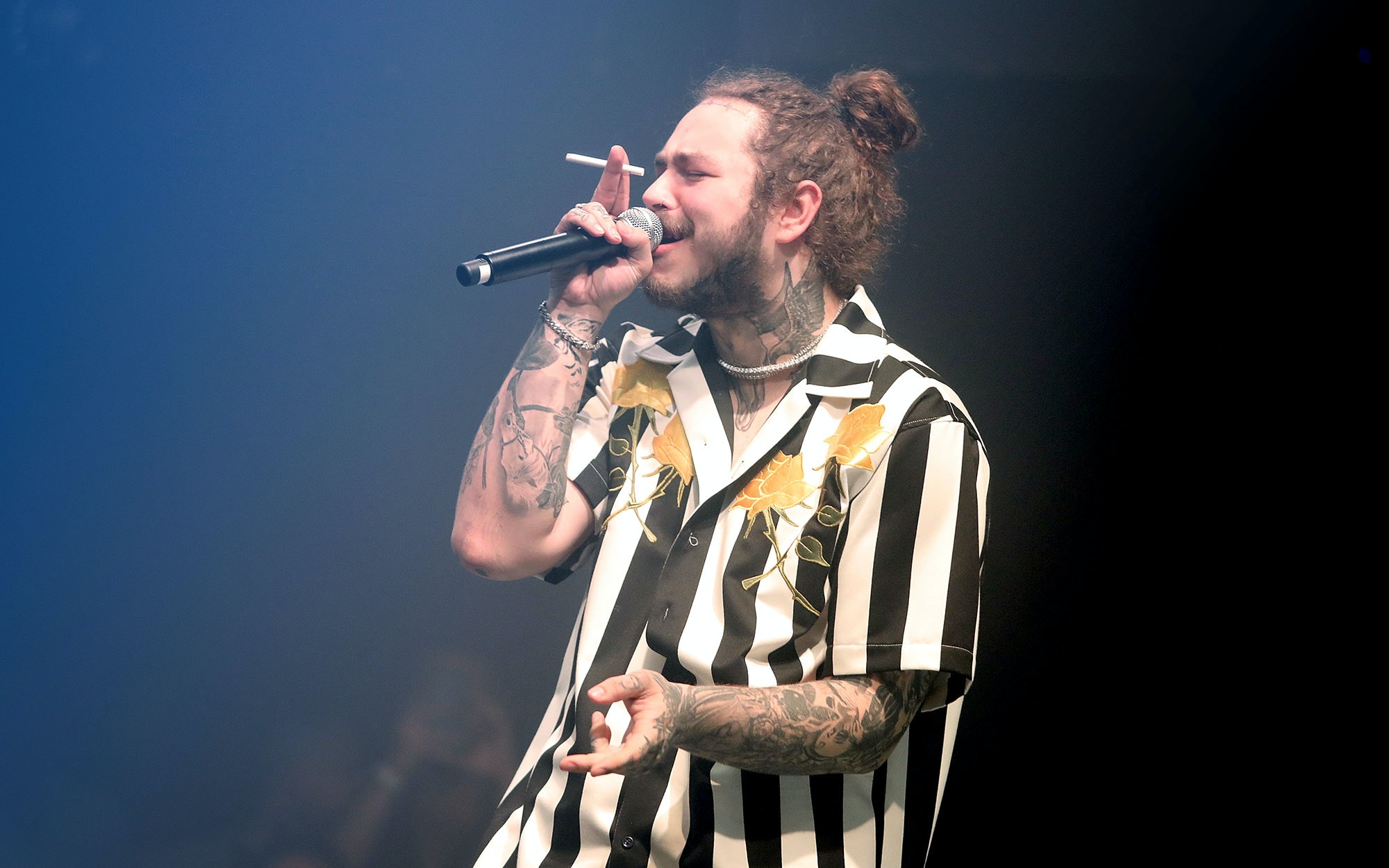 Post Malone S Chart Topping Beerbongs Bentleys Has Sold Fewer Than 200 000 Copies Texas Monthly