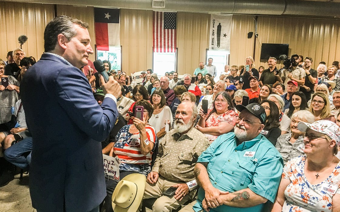 Ted Cruz at a rally in Gonzales.