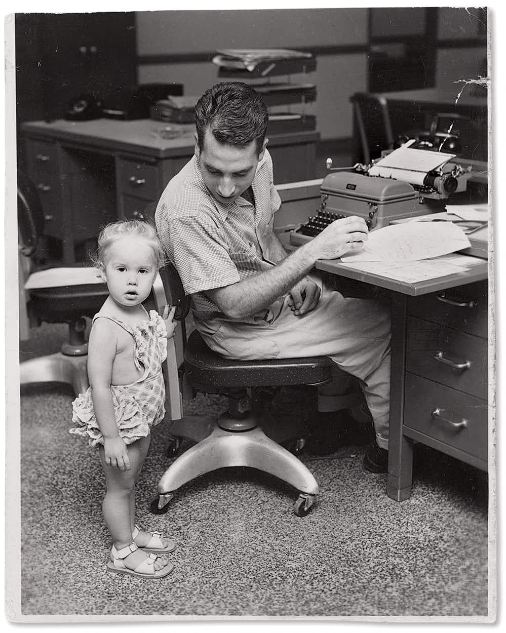 Brammer with his daughter Sidney in Austin, in the early fifties.