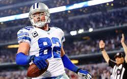 Jason Witten of the Dallas Cowboys scores a touchdown against the Indianapolis Colts AT&T Stadium on December 21, 2014 in Arlington.