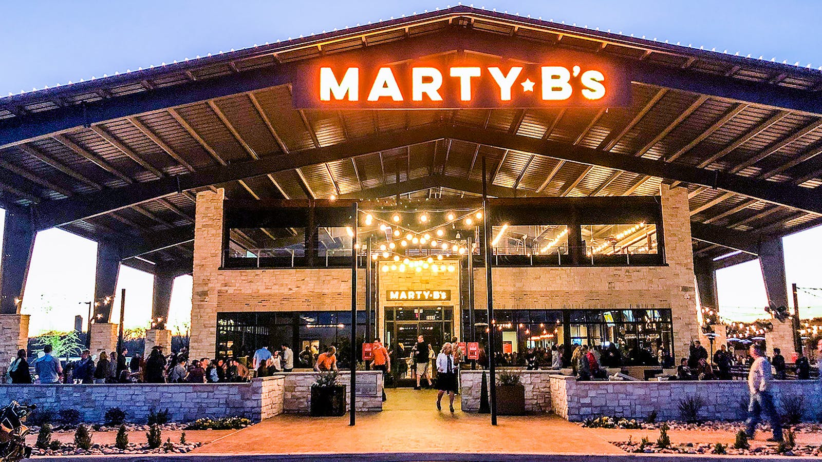 Marty B S Overdoes It On Almost Everything But The Brisket Is Great Texas Monthly