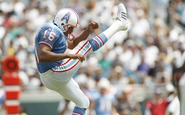 The Houston Texans Don T Have The Rights To Wear Oilers Throwback