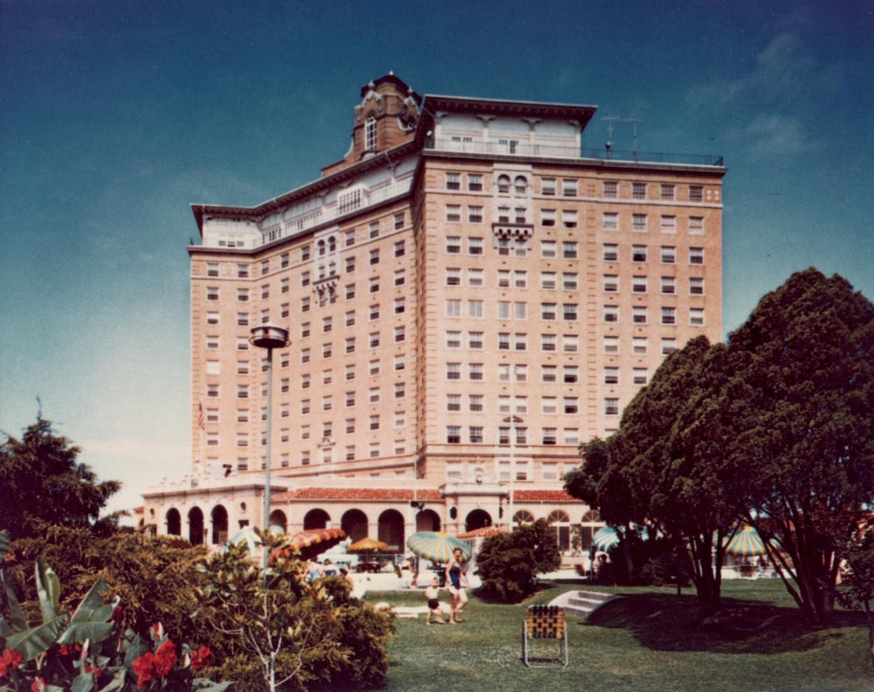 The Restoration Of Mineral Wells Historic Baker Hotel Is Finally About To Begin Texas Monthly