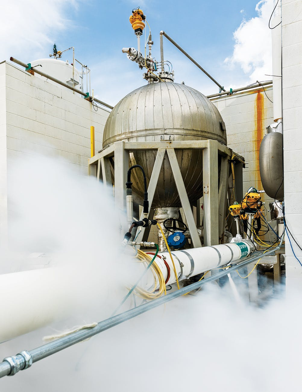 Venting liquid oxygen at the Briggs test site.