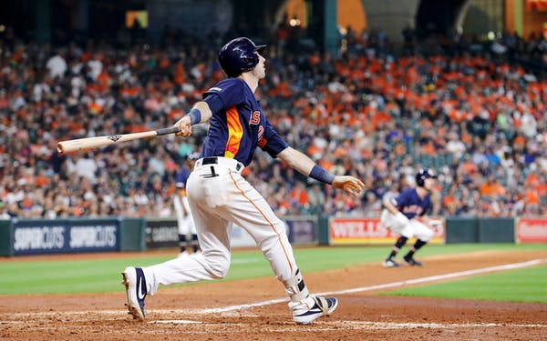 Astros 1,000 Run Barrier