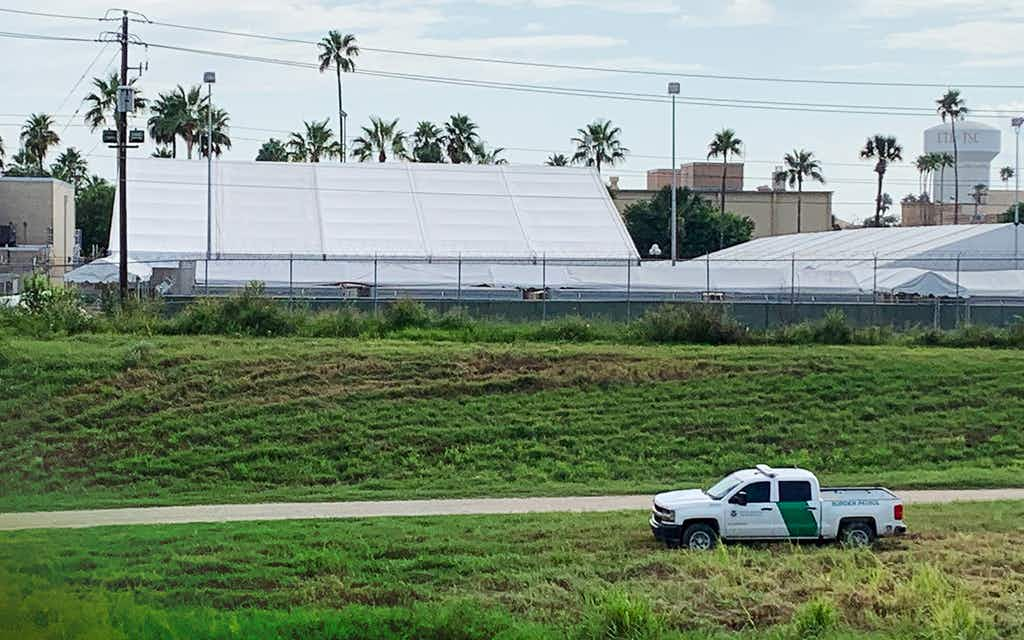 Migrants Stuck in Squalid Mexican Tent Camps Begin Asylum Process