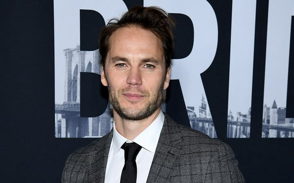 Taylor Kitsch 21 Bridges