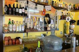 Weekly-Taco-El-Santuario-Tacos-Interior-shot