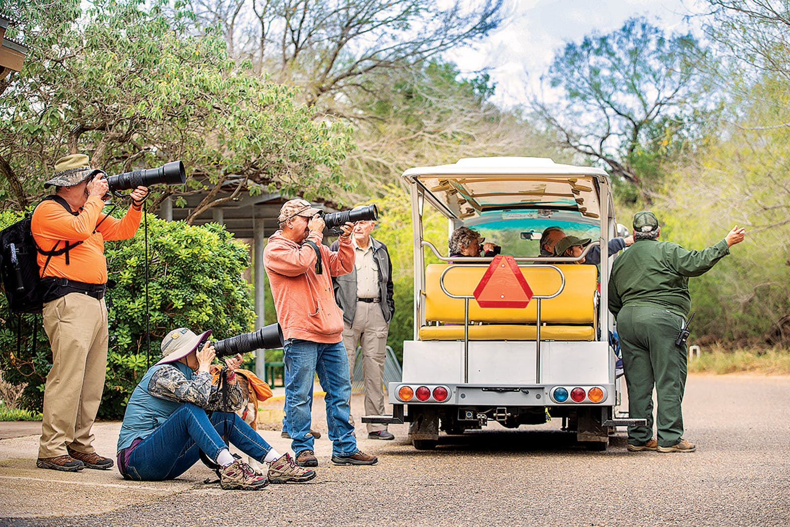 birders-taking-photos-bentsen-rio-grande-valley-state-park