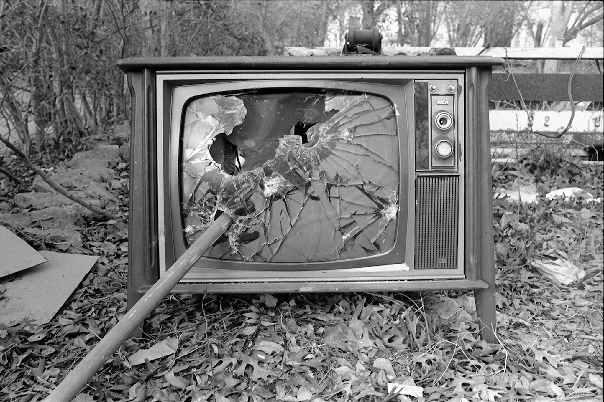 smashed-tv-texas-punk