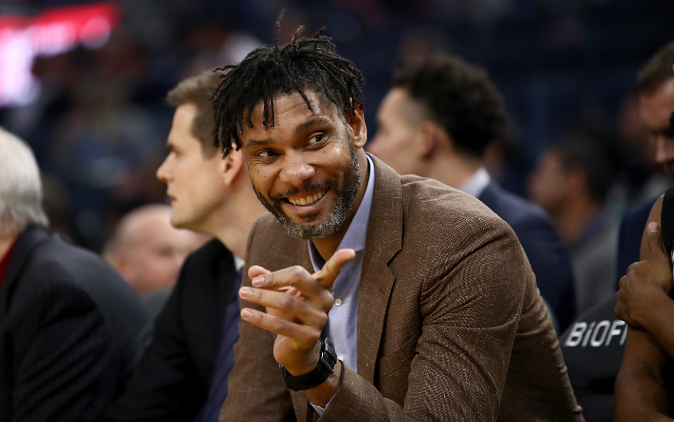 Tim Duncan coaches Spurs Tuesday with Gregg Popovich out