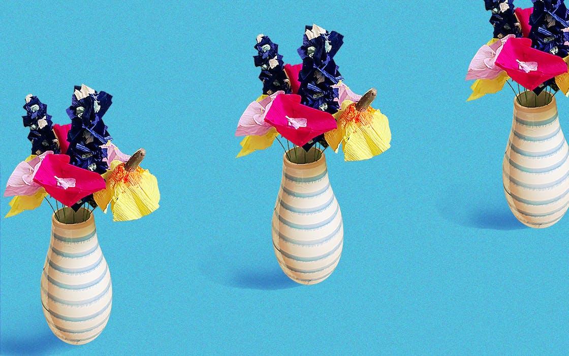 Crafts-column-paper-mache-flowers
