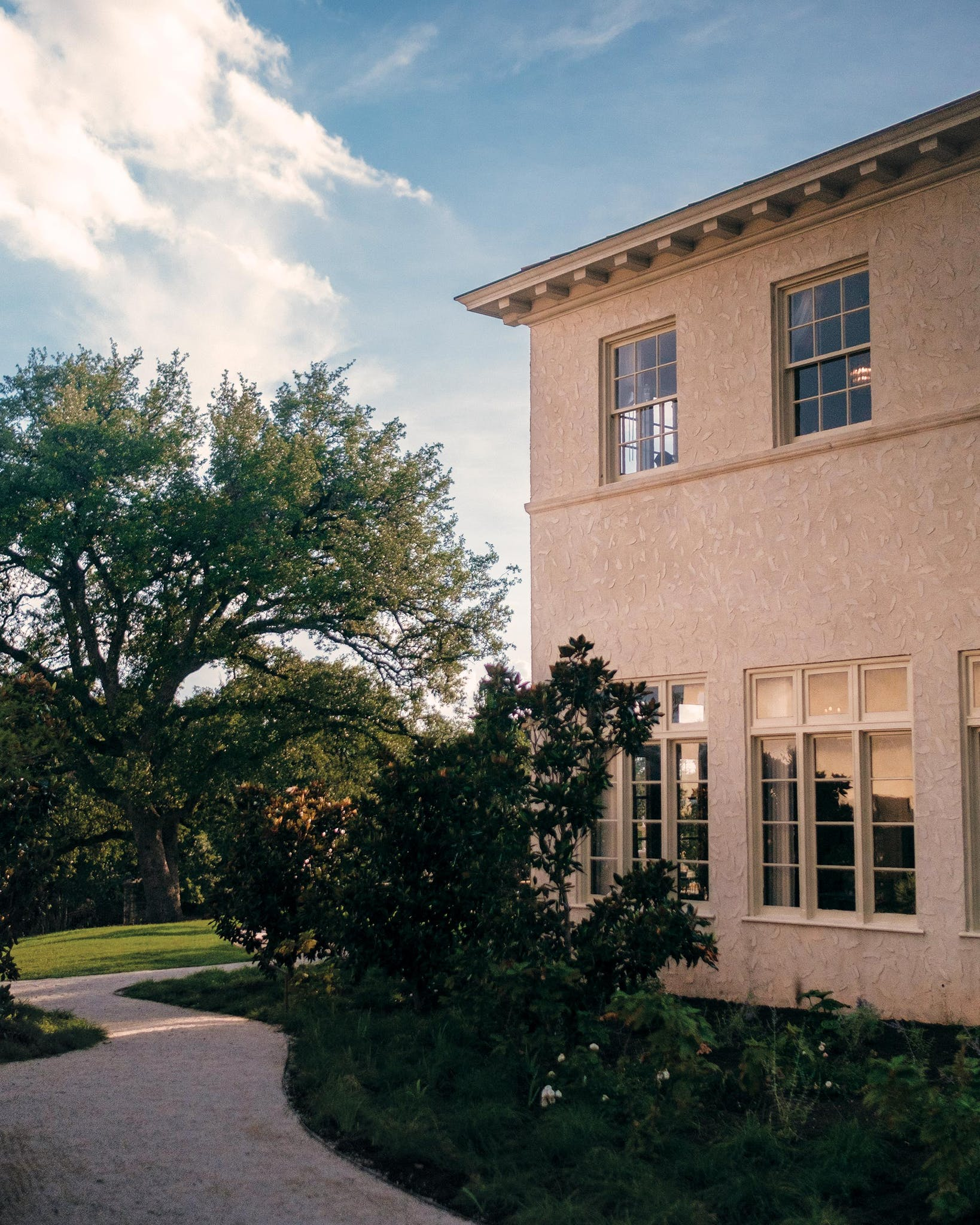 With a hard-to-imagine ten acres, the property is both quaint (like a Hill Country escape) and sprawling.