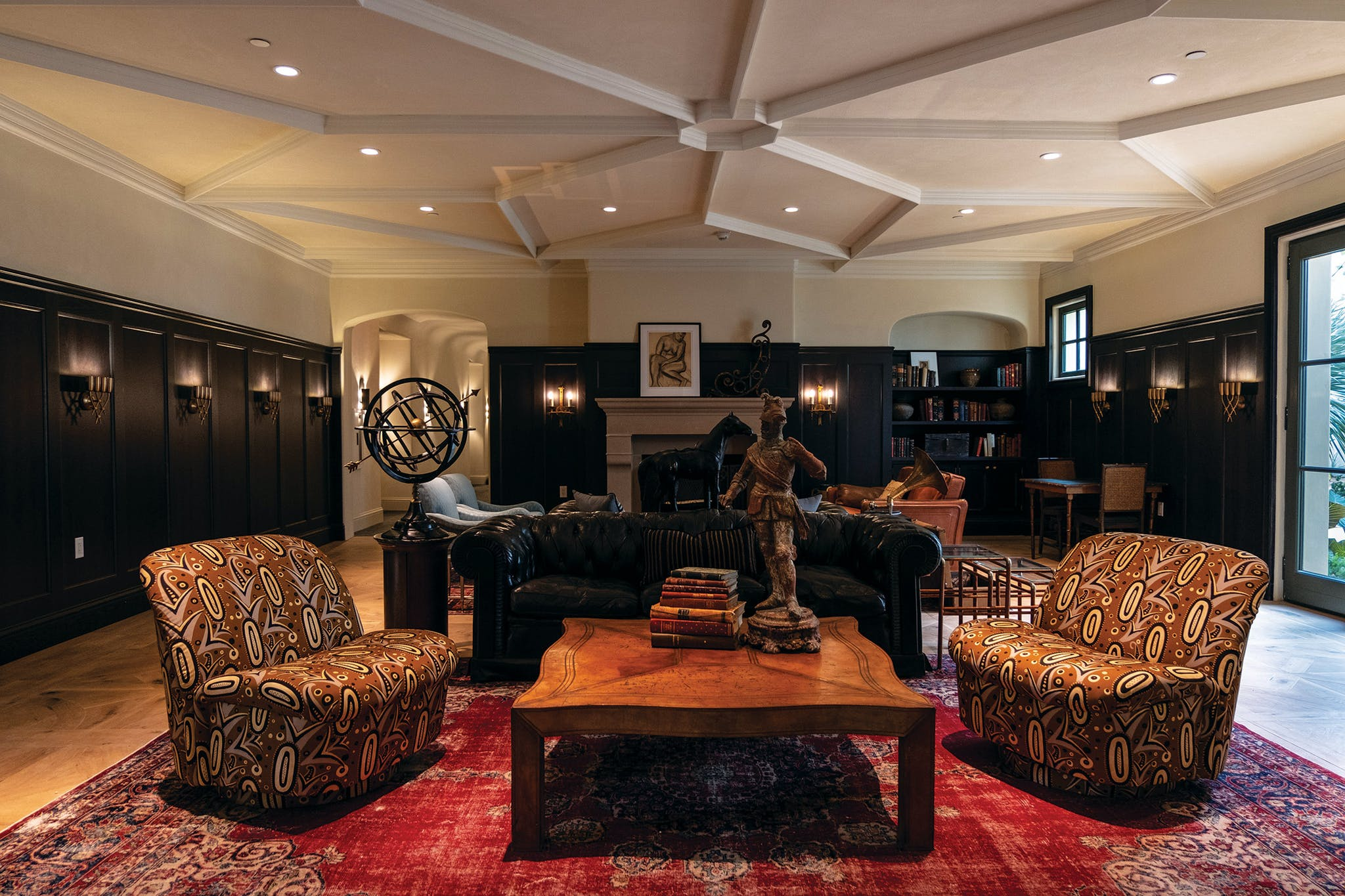 Lone Star State charm is evident throughout. In addition to honoring the original owners' heritage, Fulk nodded to the Texas roots of key Commodore Perry Estate stakeholders. Auberge Resorts Collection is owned by Houston-based Dan Friedkin and operated by a Dallas-based CEO and president, Craig Reid; and the project was envisioned by the Austin developer Clark Lyda. (Lyda also had a hand in restoring the Stagecoach Inn in Salado.)