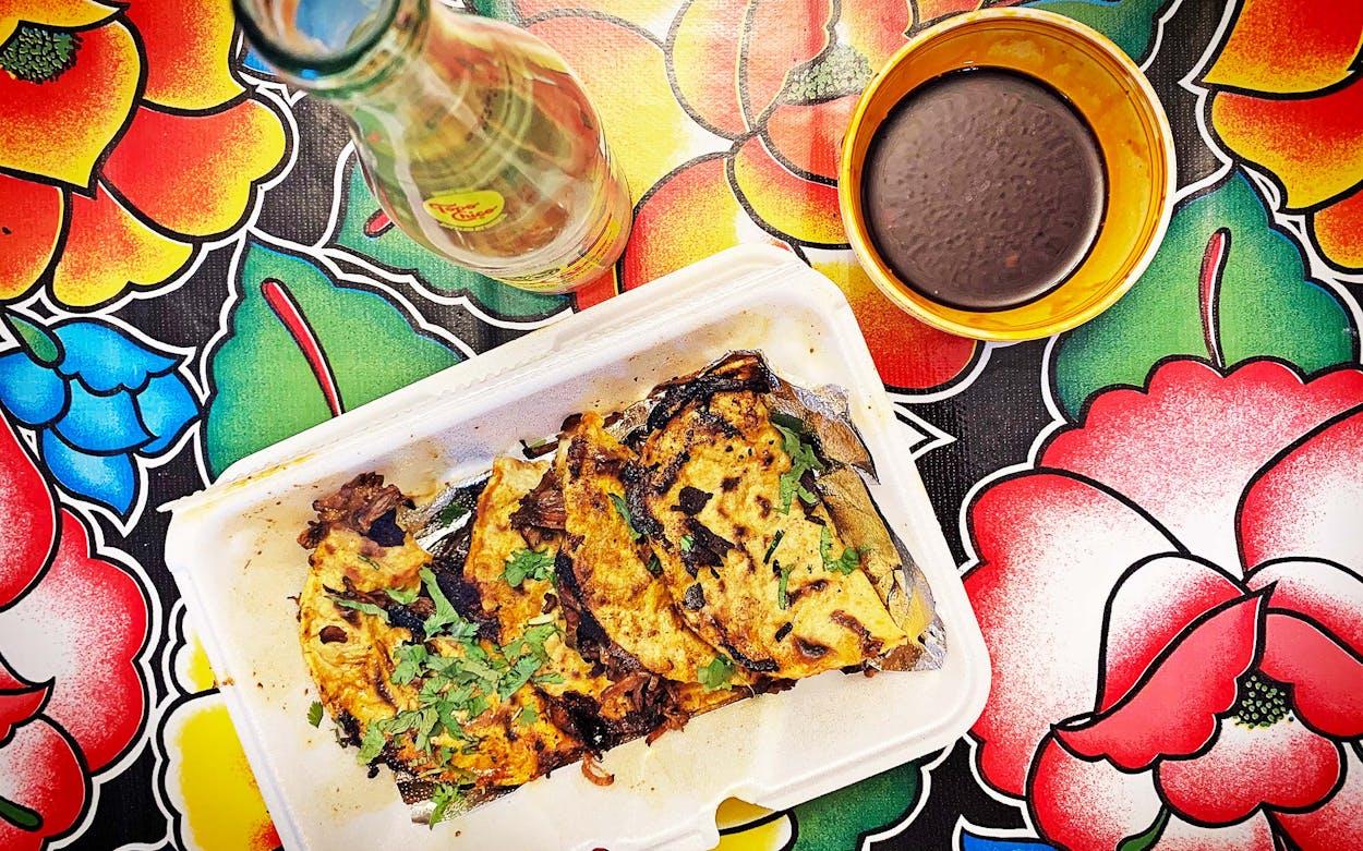 taco-news-730-taco-plate-del-sur-quesabirria