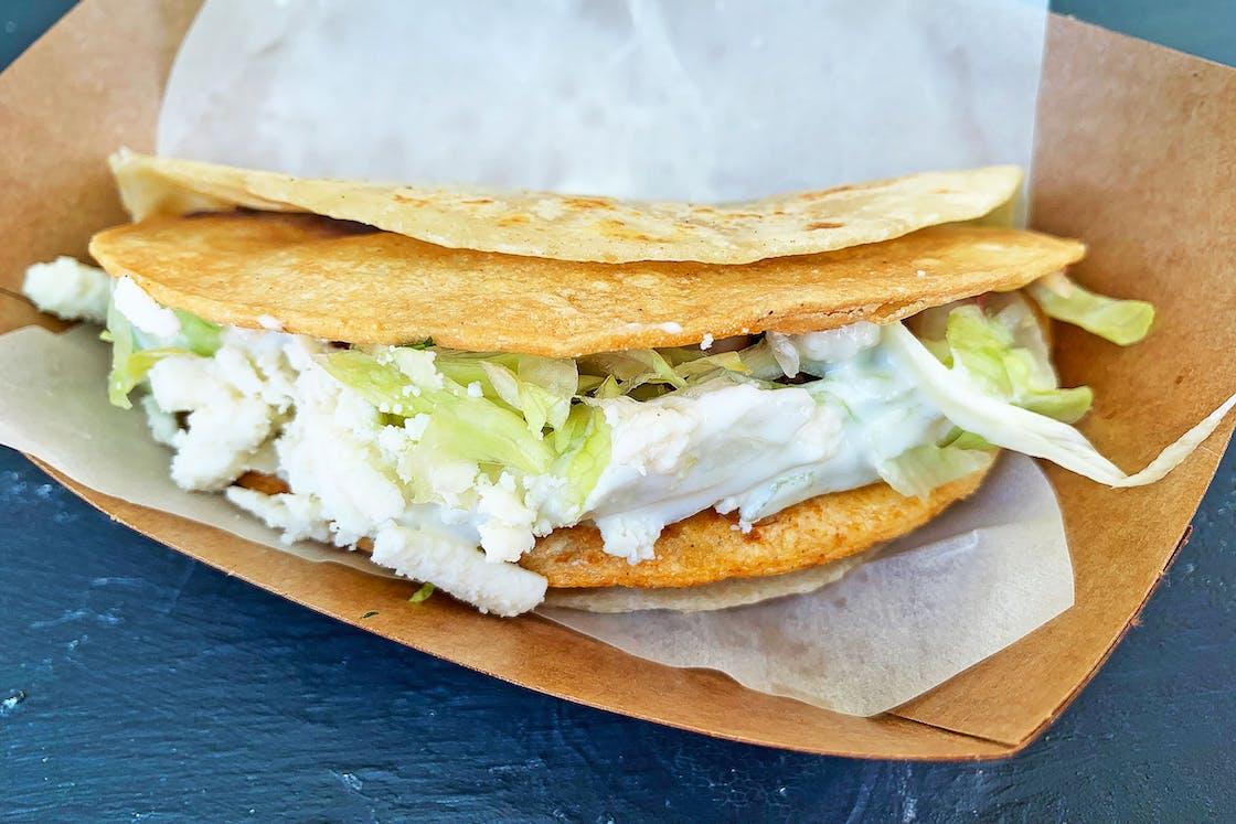 taco-y-vinos-double-decker-taco