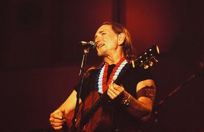willie nelson stage london