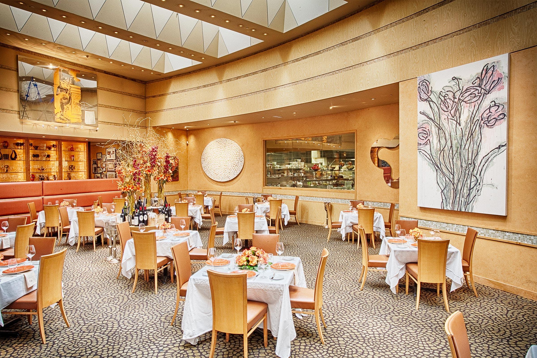 Tony-vallone-current-interior-tonys-restaurant
