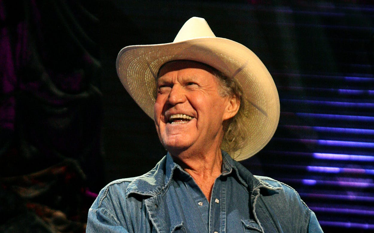 Billy Joe Shaver attends Farm Aid on October 4, 2009 in St Louis, Missouri.