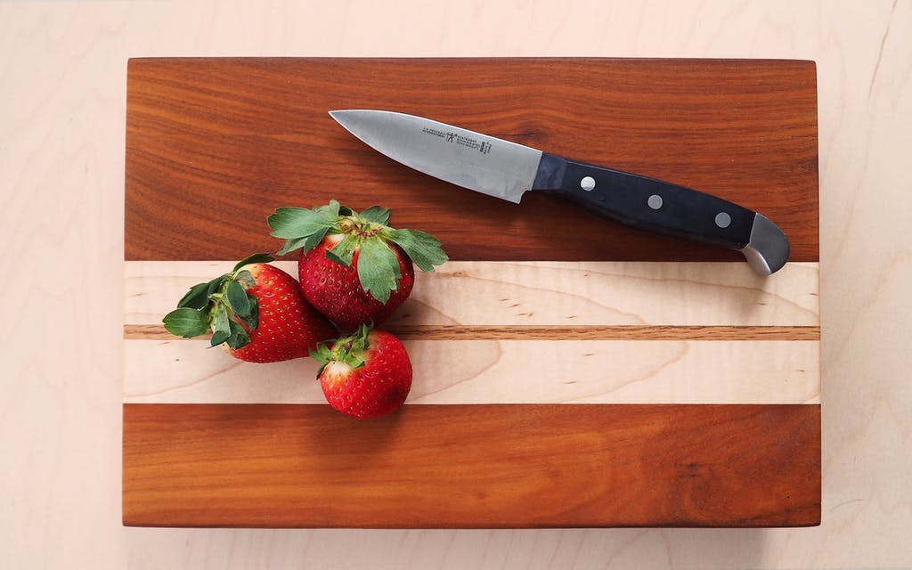gift-guide-cutting-board