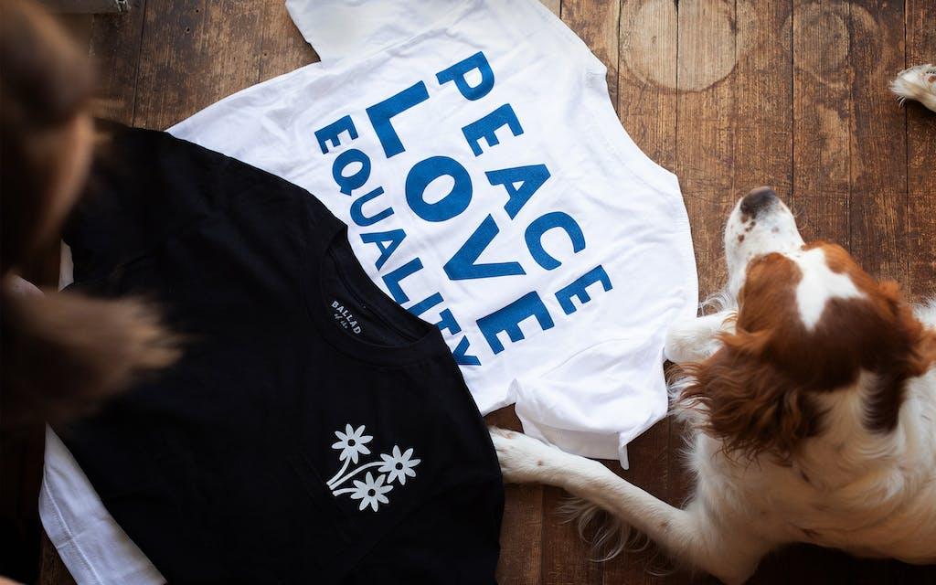 gift-guide-peace-shirt